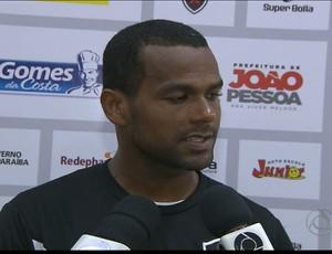 Zaquel,  volante do Botafogo-PB (Foto: Reprodução / TV Cabo Branco)