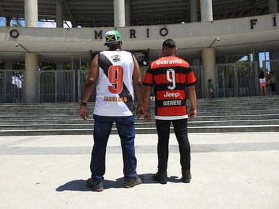 G3 e MC Charles pediram a paz entre as torcidas de Flamengo e Vasco (Foto: Fred Gomes/GloboEsporte.com)