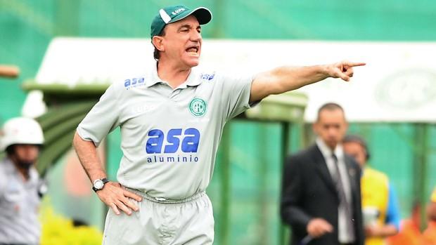 Vilson Tadei reclama de lance no jogo contra o São Caetano (Foto: Marcos Ribolli/ Globoesporte.com)