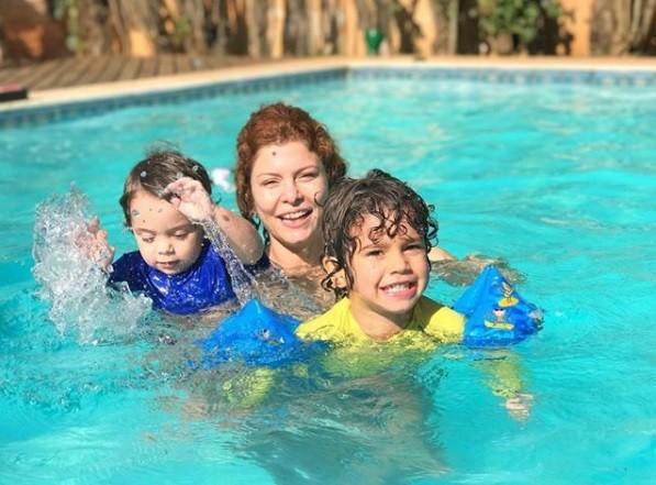 Bárbara Borges e os filhos (Foto: Reprodução / Instagram)