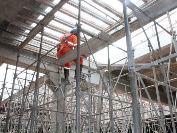 Há riscos em trabalhos em alturas, diz MPT (Foto: MPT/Divulgação)