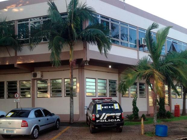 Polícia Civil realiza busca na sede da Prefeitura de Crissiumal (Foto: Divulgação/Polícia Civil)