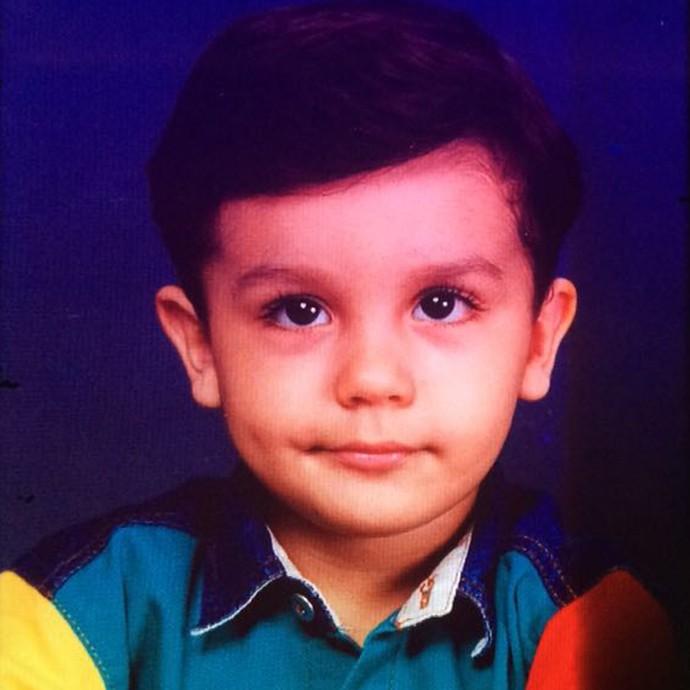 Luan Santana sendo fofo desde pequeno!  (Foto: Arquivo Pessoal)