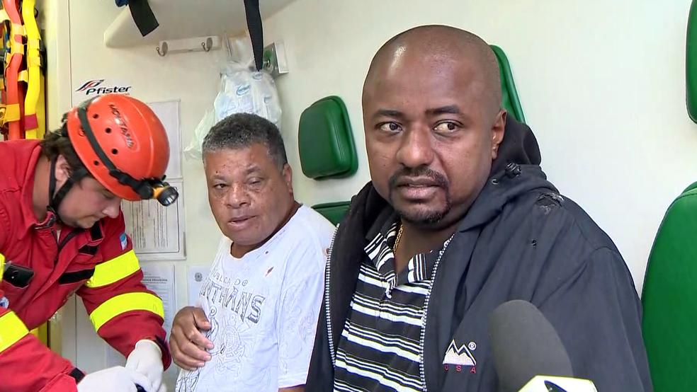 Gentil Pinto dos Santos (dir.) e Mac Vinícius (esq.) estavam dentro do ônibus da Viação Águia Branca (Foto: Reprodução/ TV Gazeta)