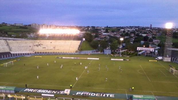 Espigão em partida contra o Grêmio, no Prudentão (Foto: Facebook/Divulgação)