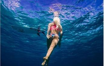 Havaiana-gaúcha relaxa em cenários deslumbrantes antes da estreia no Rio