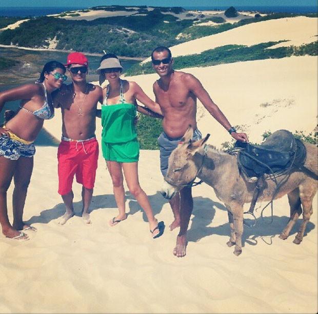 Pentacampeão Rivaldo nas dunas de Jenipabu, no Rio Grande do Norte (Foto: Reprodução / Instagram)