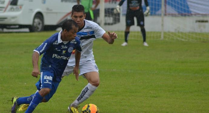 Confiança x Porto-PE (Foto: Thiago Barbosa / GloboEsporte.com)