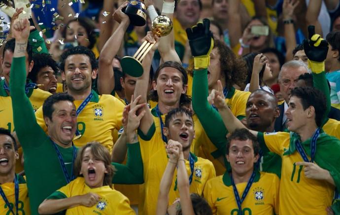 julio cesar filho seleção brasileira brasil x espanha (Foto: EFE)
