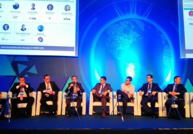 Representantes das maiores empresas de telecomunicações do país discutiram o futuro do big data para o setor durante a Futurecom 2017 (Foto: Época NEGÓCIOS)