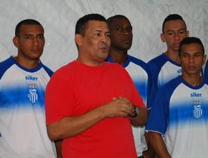 Josildo Oliveira diretor de futebol são Raimundo (Foto: Isabella Pina)