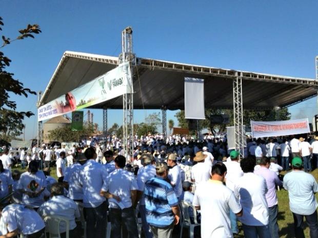 Cerca de 4 mil produtores rurais participam da manifestação em Nova Alvorada do Sul (Foto: Rodrigo Grando/ TV Morena)
