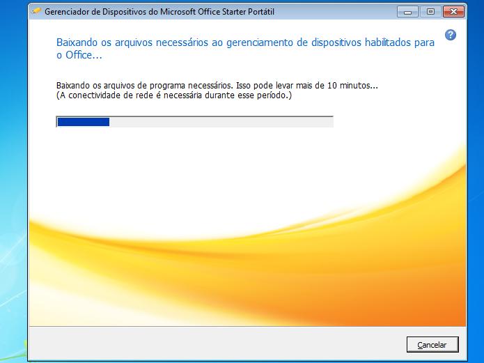 Gerenciador de Dispositivos do MS Office Starter Portátil baixando arquivos (Foto: Reprodução/Edivaldo Brito)