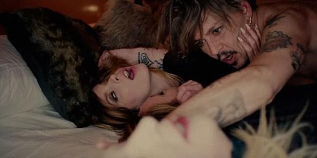 Johnny Depp no clipe de Marilyn Manson (Foto: Reprodução YouTube)