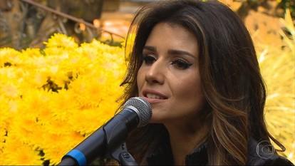 Cantora Paula Fernandes interpreta música da abertura do Terra de Minas