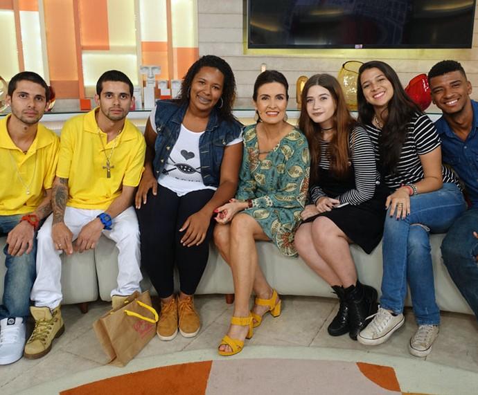 Mais convidados do programa com a apresentadora  (Foto: Carolina Morgado/Gshow)