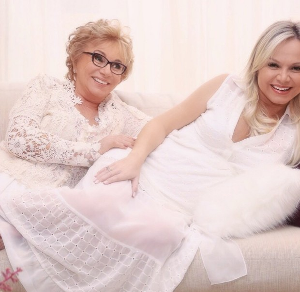 Eliana e a mãe, Eva (Foto: Manuela Scarpa/Brazil News)