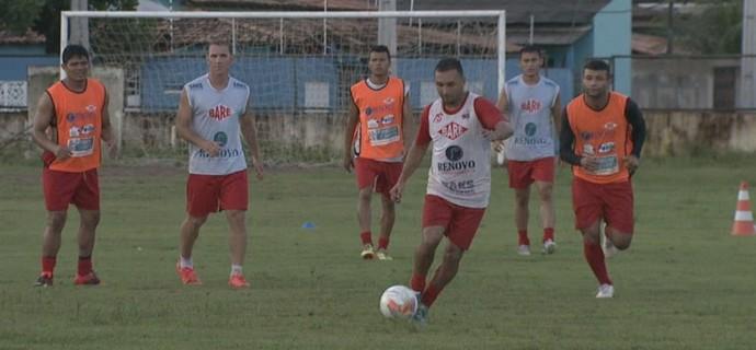 Baré faz último treino antes de enfrentar o São Francisco-PA na Vila Olímpica (Foto: Reprodução/Rede Amazônica RR)