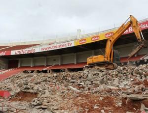 Obras no Beira-Rio (Foto: Diego Guichard/GLOBOESPORTE.COM)