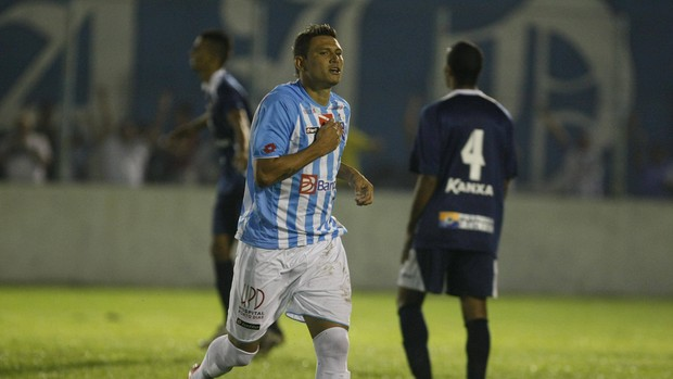 Atacante marcou 56 gols em três passagens pelo clube paraense (Foto: Marcelo Seabra/O Liberal)