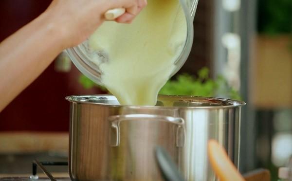 Bela Gil adora a sopa de palmito. Leve e muito saborosa  (Foto: Site da Bela/Divulgação)