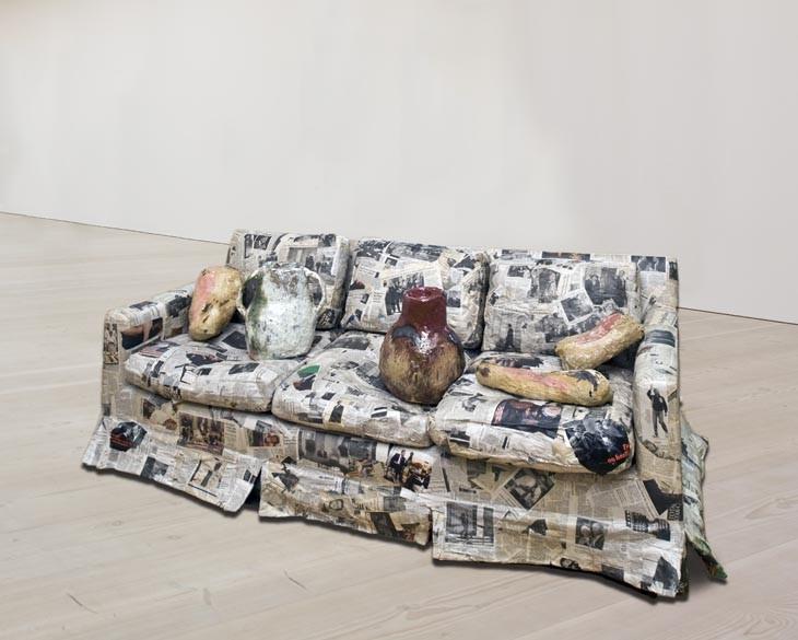 """Foto (Foto: """"Couch for a long time"""", de Jessica Jackson Hutchins/ Foto: Reprodução)"""