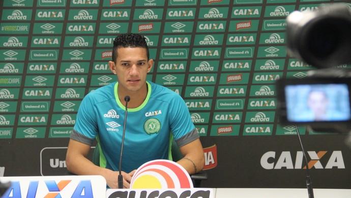 Lucas Gomes Chapecoense (Foto: Cleberson Silva/Chapecoense)