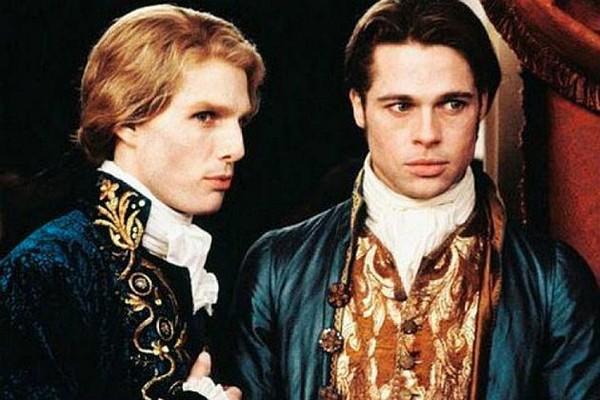 Tom Cruise e Brad Pitt em 'Entrevista com o Vampiro' (1994) (Foto: Reprodução)