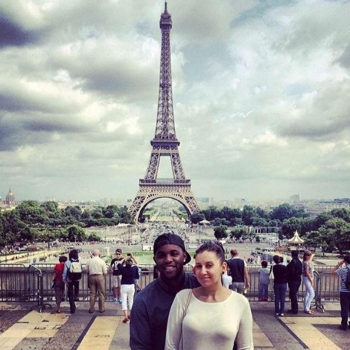 Costa-riquenho Joel Campbell curte férias em Paris (Foto: Reprodução/Twitter)