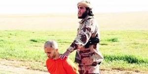 Estado Islâmico choca o mundo  com série de crimes bárbaros (Reprodução/ Twitter/ الرقة تذبح بصمت)