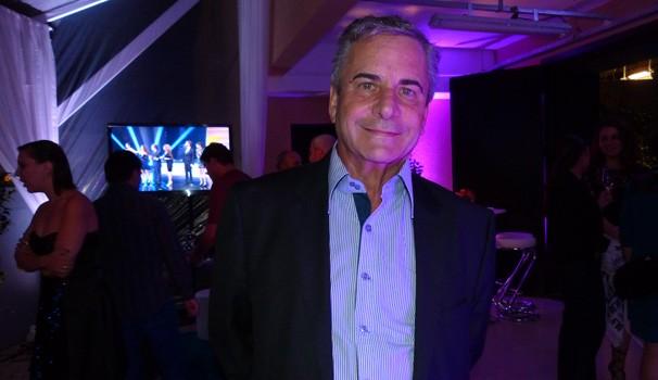vem_aí: Marcos Rossi (Foto: Divulgação/RPC TV)