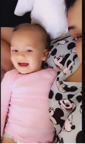 Preta Gil e a neta Sol de Maria (Foto: Instagram / Reprodução)
