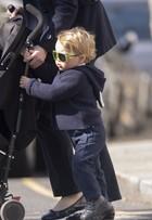 Óculos escuros usados por Príncipe George se esgotam em minutos