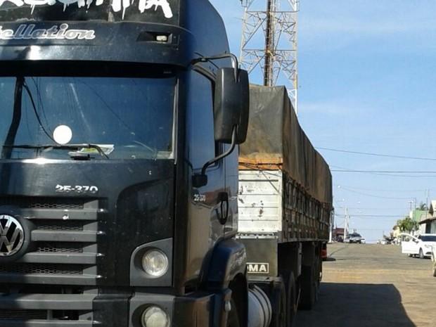 Quadrilha furtava carga de grãos de milho e soja, em Goiás (Foto: Divulgação/Polícia Civil)
