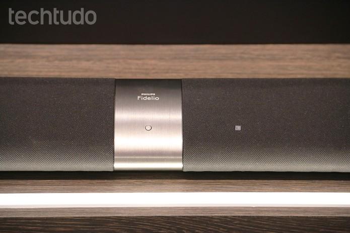 Soundbar Fidelo, da Philips, tem conectividades NFC e Bluetooth (Foto: Fabrício Vitorino/TechTudo)