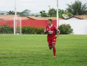 Paulo Maranhão, zagueiro do 4 de Julho (Foto: Gil Galvão)