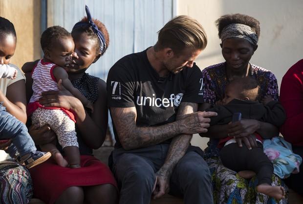 David Beckham em missão solidária na Suazilândia (Foto: Getty Images)