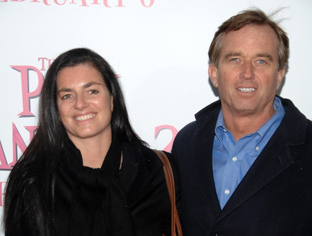Mary Richardson Kennedy e o marido Robert Kennedy Jr. em foto de fevereiro de 2009 (Foto: Peter Kramer / AP)