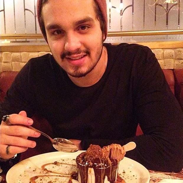 Luan Santana em restaurante na Zona Oeste do Rio (Foto: Instagram/ Reprodução)