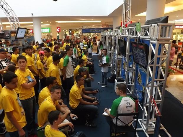 Mais de 200 jogadores buscam uma das 36 vagas para as finais (Foto: Eduardo Ribeiro Jr. / G1)