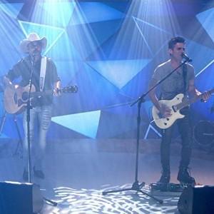 Edson e Hudson se apresentam no Fantástico (Rede Globo)