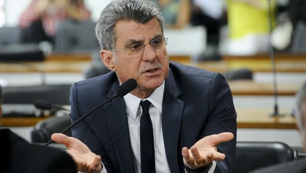 O senador Romero Jucá (PMDB-RR) na sessão da Comissão de Direitos Humanos (Foto: Geraldo Magela/Agência Senado)