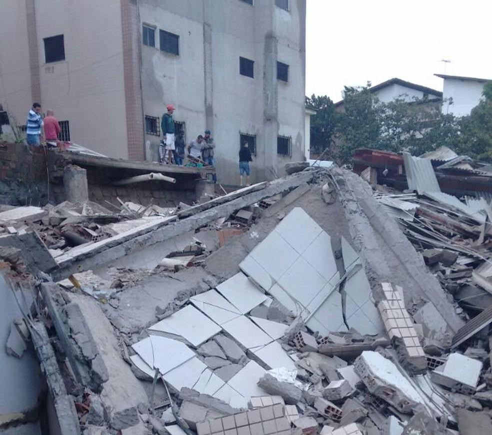 Causa do desabamento do prédio em Garanhuns ainda é desconhecida (Foto: Allan Gustavo/Divulgação)