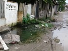 Problemas em bueiro causam alagamento em São Vicente, SP