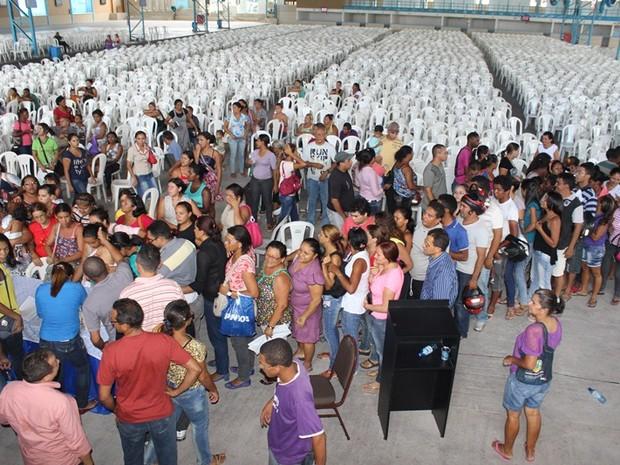 Apesar da expectativa, poucos concorrentes compareceram ao sorteio (Foto: Gil Oliveira/ G1)
