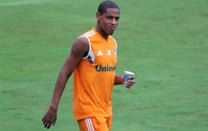 Robert Fluminense (Foto: Fernando Cazaes / Photocamera)