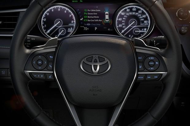Toyota Camry XLE 2018 (Foto: Divulgação)