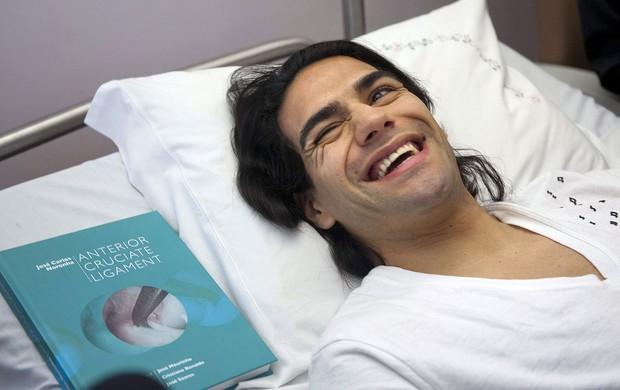 Falcão García no hospital (Foto: EFE)