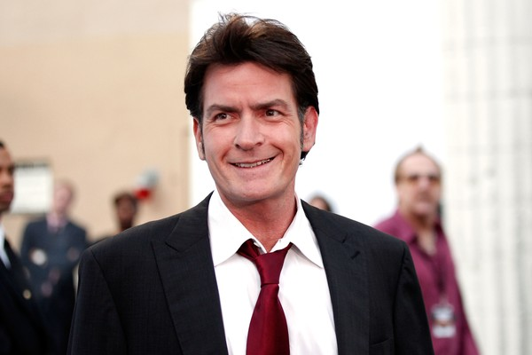 O ator Charlie Sheen revelou ser soropositivo (Foto: Getty Images)