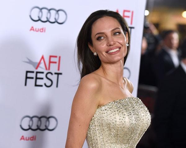 Angelina Jolie: ela pode ter sobrancelha grossa (Foto: Getty Images)
